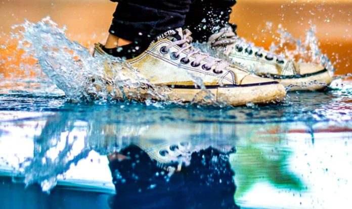e55a3fad04c Με τι καθαρίζουν τα λευκά λάστιχα των αθλητικών παπουτσιών ...